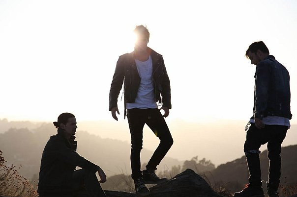 Vox Populi 30 Seconds To Mars